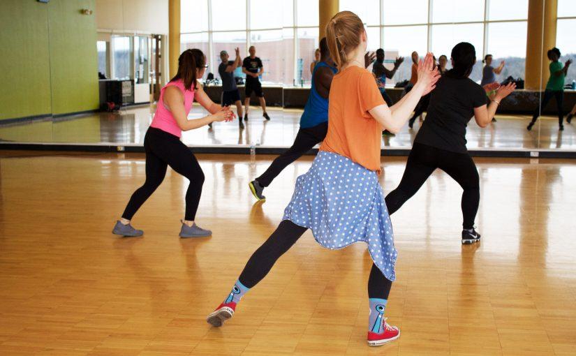 Около 50 заявок в месяц для школы танцев (Кейс, отзыв Soc Sender)