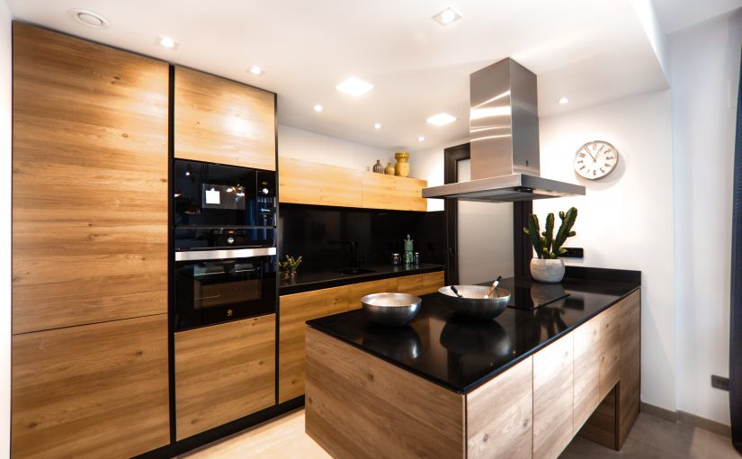 Больше 200 заявок в месяц на кухни по цене 60 руб. за заявку (Кейс, отзыв Soc Sender)